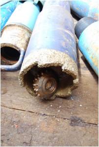 写真2.孔の底から回収されたビットコーン。